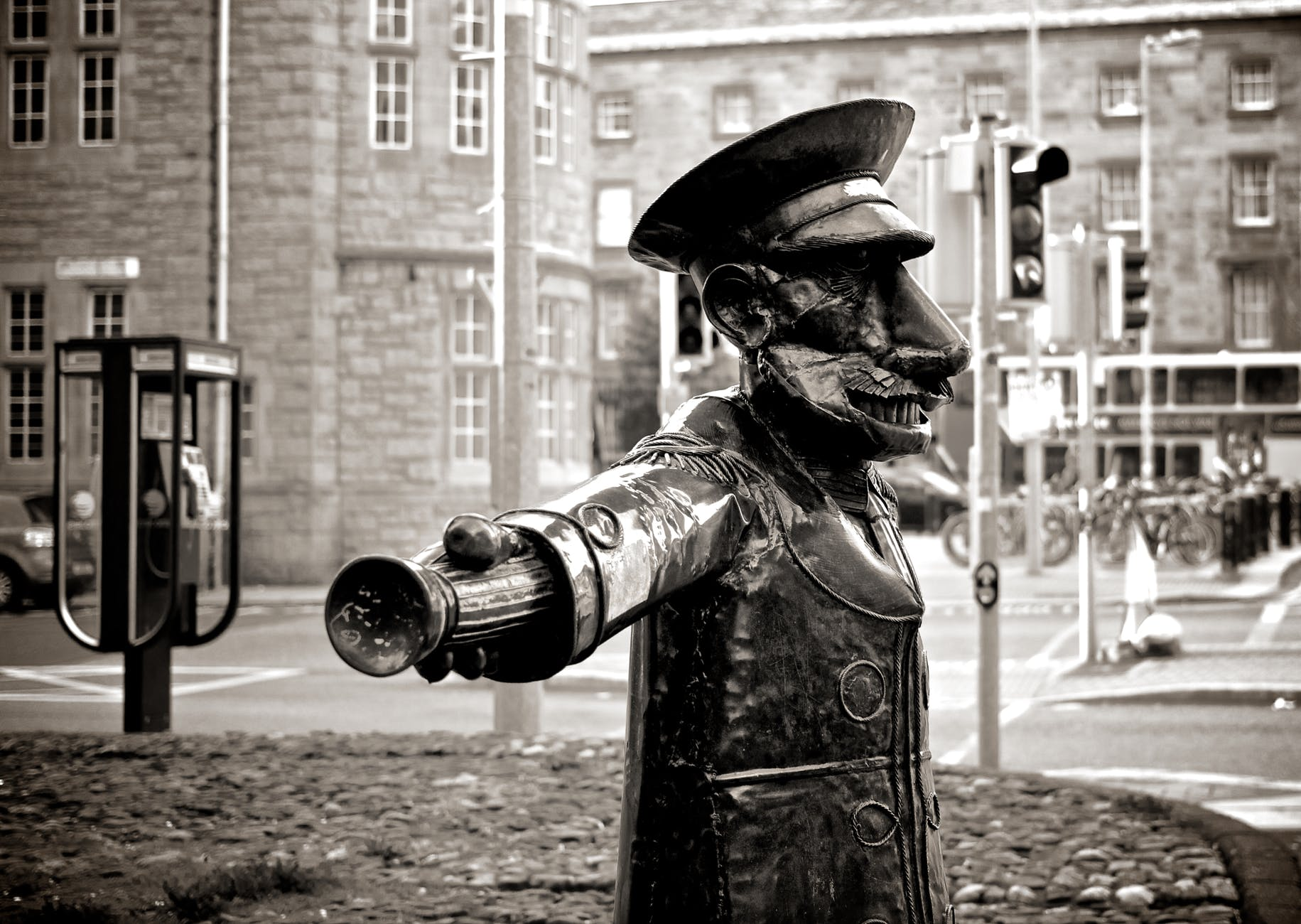 black-and-white-street-police-statue.jpg
