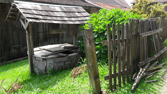 fence-20869_640